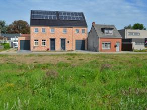 Bouwgrond voor OPEN BEBOUWING - Meerhout-Centrum. Oppervlakte : 387m² Rustige ligging nabij de markt. Op dit perceel heerst geen bouwverplicht