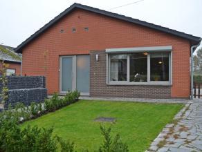 Instapklare gelijkvloerse woning met 3 slaapkamers te Balen. Open bebouwing - Bouwjaar 1973, Gerenoveerd 2012 - Perceel : 736 m²  Deze woning