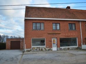 Zeer ruime woning met een handelsruimte (+/- 70 m²), zeer rustig en landelijk gelegen te Meerhout-Zittaart.<br /> Gunstig en rustig gelegen.  Sne