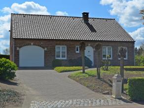 Mooie alleenstaande woning met 3 slaapkamers, 2 garages en een prachtige zuidelijk gerichte tuin op 21a 14ca te Meerhout.<br /> Deze woning is rustig