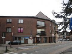 Ruim en instapklaar appartement op de 2de verdieping met een bewoonbare oppervlakte van 105 m² ! Vernieuwde keuken, badkamer en verwarming