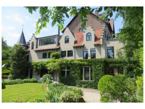 Dans le quartier de l'Observatoire, adorable villa de caractère style de gentilhommière, rénovée en profondeur avec de tr&