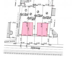 Bouwgrond voor halfopen bebouwing gelegen Dijleweg te Rijmenam.<br /> <br /> Grondoppervlakte: 529 m².<br /> Perceelsbreedte: 9m40<br /> Bouwvoor