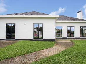 Welkom thuis in deze luxueuze villa.<br /> Indien een uiterst kwalitatieve afwerking, een fantastisch uitzicht over de achterliggende weilanden, open