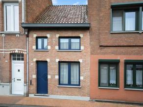 Instapklare gerenoveerde gezinswoning in het centrum van Duffel.<br /> <br /> De woning omvat een ruime woonkamer, leefkeuken, 3 slaapkamers, badkamer