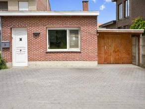 Gezellige starterswoning met één slaapkamer in Kessel, rustig gelegen dicht bij het station. Deze woning werd deels vernieuwd, doch vraa
