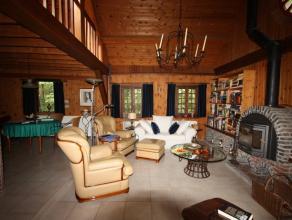 Uitzonderlijke eigendom bestaande uit landhuis en bijgebouwen gelegen op een perceel van 40a19ca in bosrijke omgeving.   DIT PAND IS ABSOLUUT EEN B