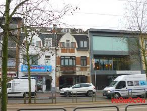 Prijs : &; 1.000 Kadastraal inkomen : &; 2.248 Adres : Antwerpsestraat 47, 2640 MORTSEL Bewoonbare opp. : 100 m² Grondoppervlakte : 251 m