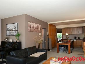 Prijs : &; 319.000 Aantal slaapkamers : 3 Aantal badkamers : 1 Garage : 1 Adres : Pieter van Den Bemdenlaan 150, 2650 EDEGEM Bewoonbare opp. : 180