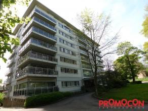 Prijs : &; 750 Aantal slaapkamers : 3 Aantal badkamers : 1 Adres : Deurnestraat 170/4V, 2640 MORTSEL Bewoonbare opp. : 90 m² Woongedeelte : 3