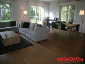 Prijs : &; 1.850 Aantal slaapkamers : 4 Aantal badkamers : 2 Garage : 1 Adres : Eikenstraat 34, 2550 KONTICH Bewoonbare opp. : 282 m² Woonged