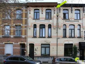 Deze mooie burgerwoning is gelegen in één van de meeste gegeerde woonstraten van Mortsel.  De Wouwstraat verbindt Mortsel met Hove.  Zow