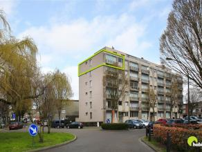 Dit centraal en rustig gelegen appartement ligt op wandelafstand van het centrum van Mortsel. Er is voldoende parking voor de deur en de belangrijkste