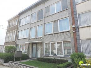Leuk en deels gerenoveerd appartement in een topwijk te Berchem in een vernieuwde straat, en gelegen op de 2e verdieping in een klein en rustig gebouw