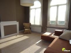 Deze karaktervolle woning met 4 ruime slaapkamers kan slechts voor 1 jaar gehuurd worden. Het is gelegen nabij alle invalswegen van Antwerpen-Brussel