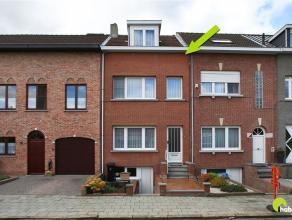 In de nabijheid van het Fort II van Wommelgem vinden we deze knusse rijwoning met tuin, gelegen in een rustige straat. Op wandelafstand is het prachti
