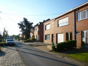 Rustig gelegen woning (Rw) van +/- 137m² gelegen op +/-6a25ca in een doodlopende straat met o.a. 2 slaapkamers, ingerichte keuken, badkamer, gara