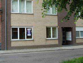 Aangenaam gelijkvloers appartement van ± 76m² met tuin, gelegen in Residentie Zonnestraal nabij het centrum van Mechelen en openbaar vervo