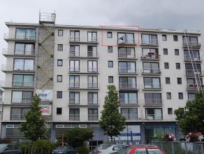 Dit gezellig appartement op 6e verdieping is gelegen nabij het centrum van Mechelen! Met de wagen is er goede verbinding via E19. Indeling : inkom, le