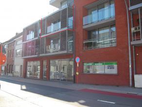 Gezellig appartement van ± 88m² met o.a 2 slpks, garage en terras met uitzicht op Leuvense Vaart en op wandelafstand van het centrum van M