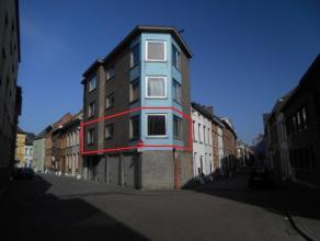Gezellig appartement van +/- 60 m² met 2 slaapkamers, ruime leefruimte, recent vernieuwde keuken, ingerichte badkamer, apart toilet, garage! Gele
