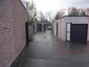 In afgesloten magazijnencomplex: 24m2  , afmetingen 6.7m x 3.5m. Prijs 110 euro/maand excl BTW