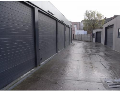 Garage louer mechelen 95 fo6s0 immovos zimmo for Garage professionnel a louer