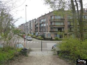 Ruim en gezellig appartement  te Lier. Open zicht  op de vesten en op loopafstand van de Grote Markt zijn hier een pluspunt. Zonnige woonkamer, 2 slpk