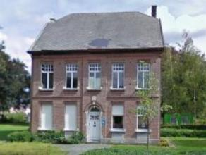 Te renoveren Pastorij op een oppervlakte van 1043m². Opgenomen Inventaris Onroerend Erfgoed. Instelprijs euro400.000,- + kosten. Verkoop onder vo