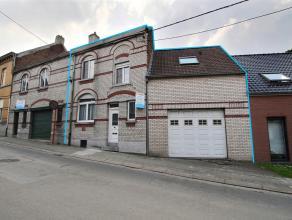 LUINGNE - Maison avec garage à rénover, proche des commerces et de la place : - Sous-sol : cave. - Rez-de-chaussée : hall d'entr&