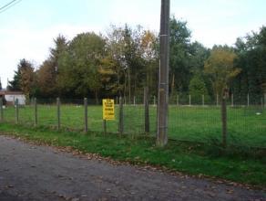 Twee nieuw te bouwen open woningen in residentiële omgeving. Op 5 km van Putte en 10 km van Mechelen. Winkels, banken, scholen, ... in het centru