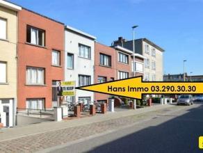 KLEIN BESCHRIJF MOGELIJK!!!!! Zeer centraal gelegen woning met 4 slpks., terras van 25m² met een bew. opp. van 155m² op een perceel van 190m