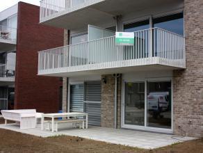 """Nieuwbouw 2 slaapkamerappartement 80m² in woonverkaveling """"Nieuwe Horizon"""", vlakbij invalsweg naar Antwerpen en autosnelweg. Inkomhal met gastent"""
