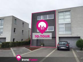 """Recente moderne woning met 4 kamers , 2 badkamers en dubbele garage op circa 4.5 are!Bij ImmoFusion  7/7 """"open huis"""" dankzij onze unieke 3D-visualisat"""