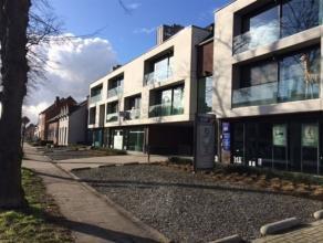 Instapklaar appartement 'Brouwershof' op de 1ste verdieping, ingericht als volgt, open ingerichte keuken met toestellen, eetruimte, zitruimte, ruim te