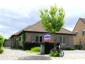 Mooie, ruime en instapklare laagbouwwoning gelegen in rustige woonwijk te Gooreind. In nabijheid van winkels, scholen en openbaar vervoer. Indeling: D