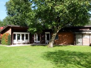 Zeer rustig gelegen woning op een oppervlakte van 1.560m² (36m x 47m), nabij het centrum van Heide en Kalmthout openbaar vervoer en scholen. U za