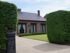 Ruime en zeer goed onderhouden gelijkvloerse woning op 1070 m². INSTAPKLAAR ! In de buurt van de mooie wandel-en fietspaden aan het Schulens meer