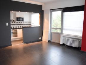 Idéalement situé dans le quartier des Pagodes, magnifique appartement 1 chambres rénové avec goût dans un petit imme
