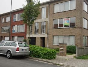 Een rustig gelegen 2 slaapkamer appartement met veel lichtinval, fietsenstalling, keuken, badkamer met ligbad, apart toilet, berging, vlak bij centrum