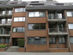 Mons Bd Dolez 6C11. Résidence L 'Echiquier. Bel appartement 95 M² comp. hall, wc, sdb, 2 ch, cuis. éq., séjour/sàm, h