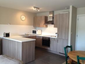 Mons, Clos Fernand Debouck 6/32 Bel appartement meublé comp. hall, séjour, cuisine équipée, hall de nuit, 2 chambres, sdb,