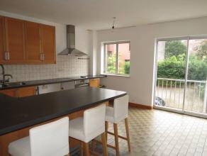 Pas opgeknapt appartement met o.a. 2 slaapkamers, een private kelder en een aangename, gemeenschappelijke tuin!<br /> Op fietsafstand van Leuven-cent