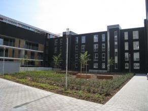 Luxueus appartement met twee slaapkamers in een prachtige en rustige residentie nabij het centrum van Leuven.  Dit appartement is gelegen op de 2de