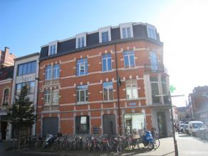 Leuk 1-slaapkamer appartement in het centrum van Leuven!   Dit mooie appartement heeft een schitterende locatie in het historische centrum van Leuv