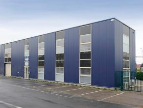 Zeer mooie kantoorruimte, met moderne uitstraling en vormgeving,  ca 329m². De huurprijs bedraagt € 90 /m²/per jaar.  Flexibele huurtermi