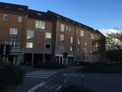 Trendy en betaalbaar wonen in hartje Leuven.   Leuk, gelijkvloers, appartement met 1 slaapkamer nabij het bruisende centrum van Leuven.   Het appa