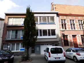 Zonnig, volledig gerenoveerd appartement met 1 slaapkamer op een toplocatie in centrum Mechelen.  Het appartement heeft een oppervlakte van 58m&sup2