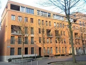 Zeer mooi modern appartement op een toplocatie in het centrum van Leuven.   Het appartement, gelegen op de 2de verdieping, beschikt over een aangena