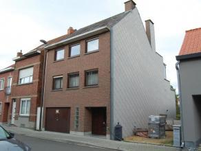 Zeer ruime woning met 4 slaapkamers vlakbij de oprit E19 Mechelen-zuid met scholen, winkels en recreatiemogelijkheden in de nabije buurt!<br /> <br />